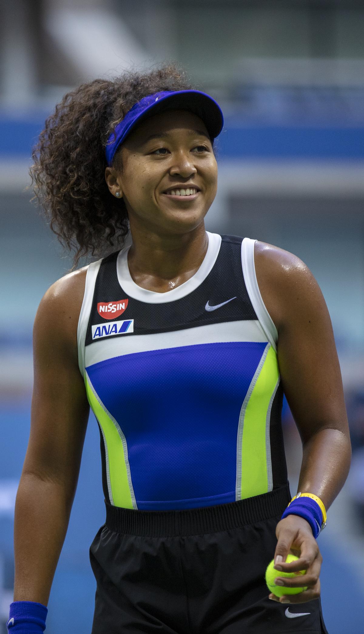 naomi-osaka-tennis-player